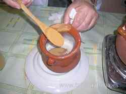 Preparando el levkas en ocre amarillo